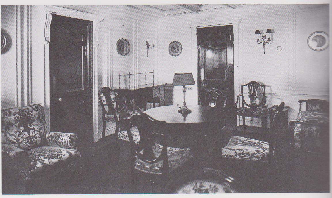 Passenger life aboard the titanic diana overbey for Sitting room suites